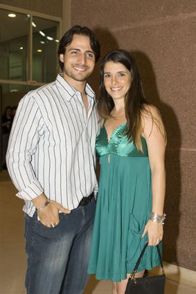 A atriz Ana Saab e o namorado, o ator Lorenzo Martin