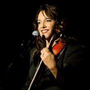 Ana Carolina se apresenta em SP