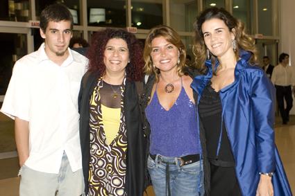 Pablo Ribeiro, Rita Ribeiro, Nana Karabachian e Silvia Levorin